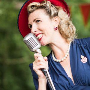 Jayne Darling 1940s Singer | Crich Tramway Village