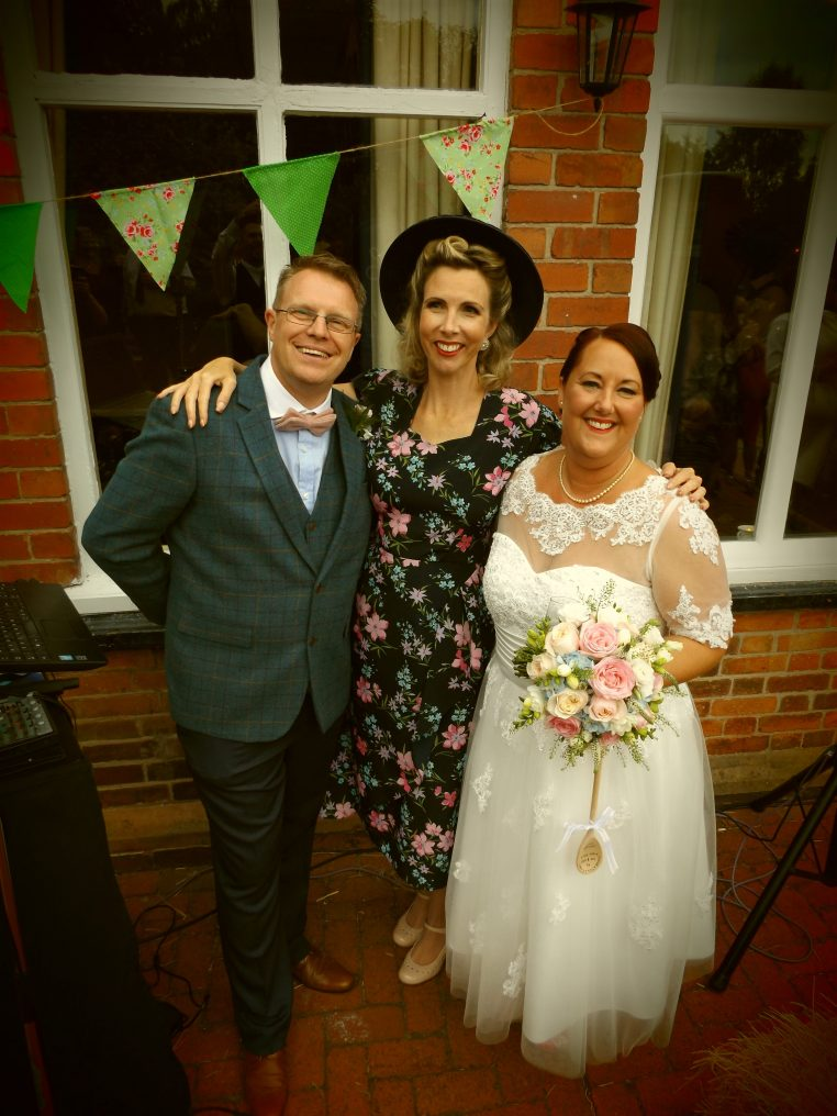 Vintage Wedding Singer Nottingham